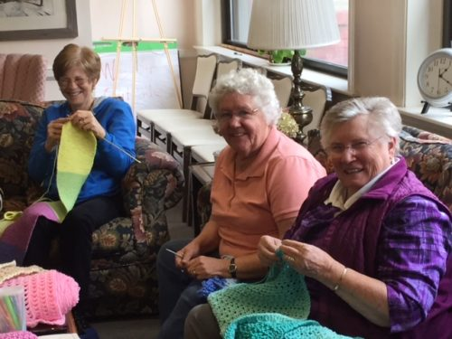 Warm Wooly Knitters